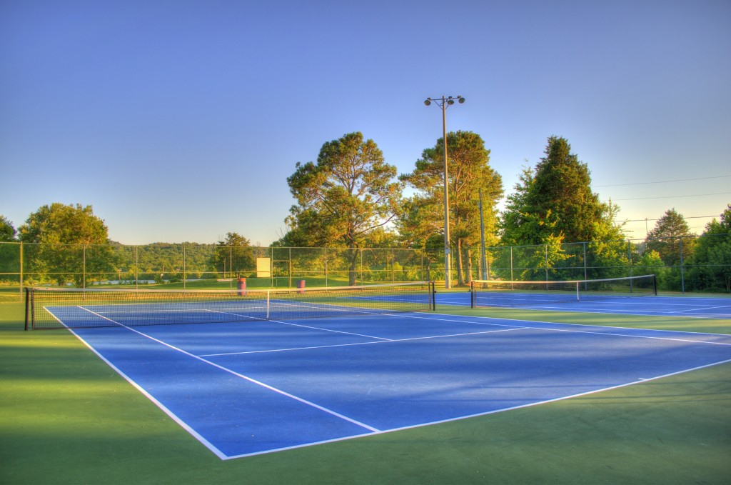 tenis-courts-1-2-resize-1024x679